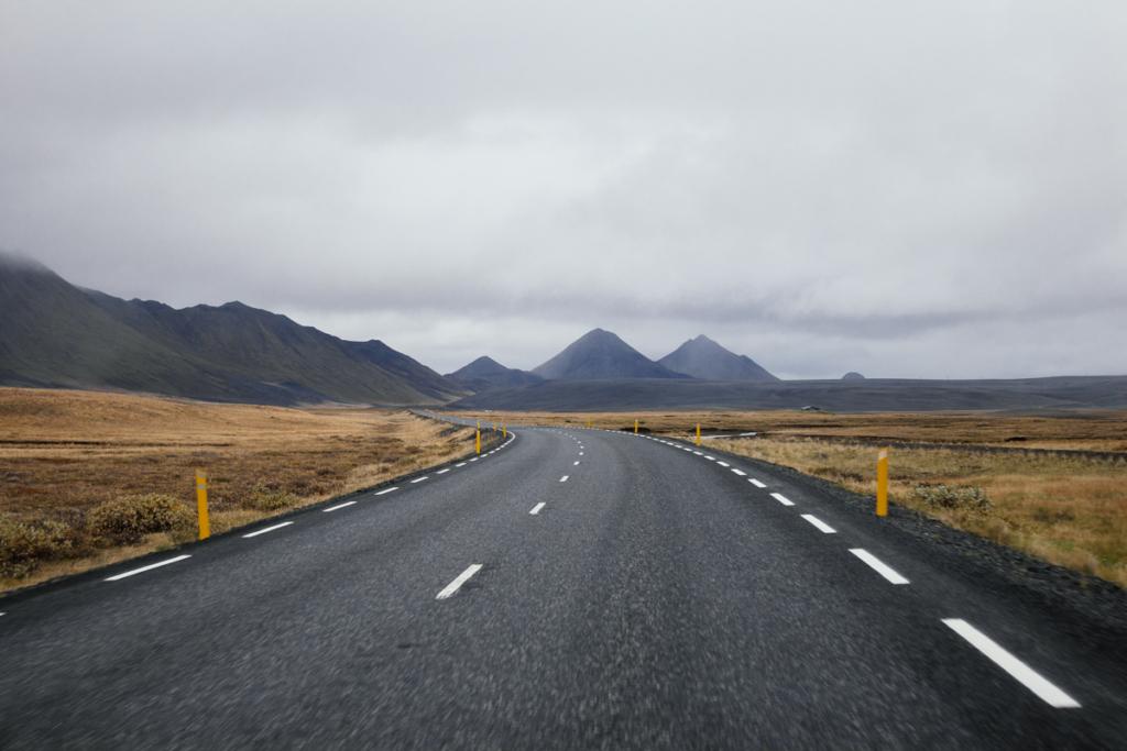 Island Fahrt in den Osten