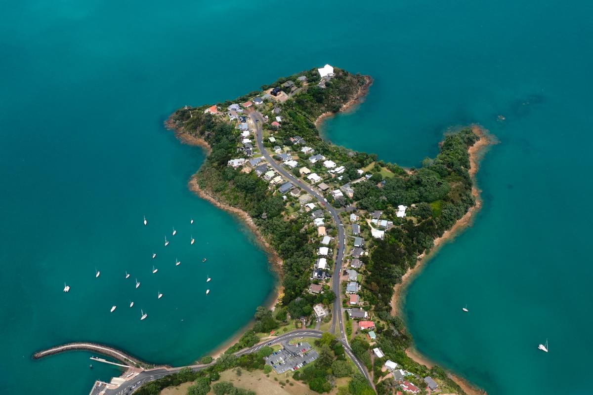Takirau Bay, Waiheke Island